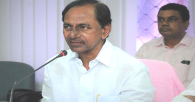 kcr-hold-meeting-rtc-employees