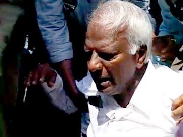 deputy-cm-kadiyam-srihari-suffers-sunstock