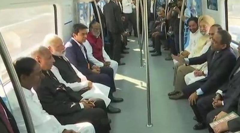 narendra-modi-inaugurates-hyderabad-metro-rail-services
